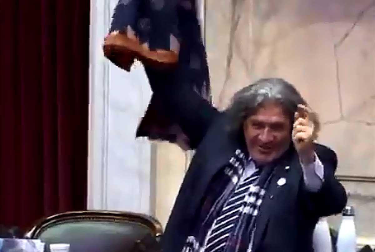 José Luis Ramón en el final de su discurso