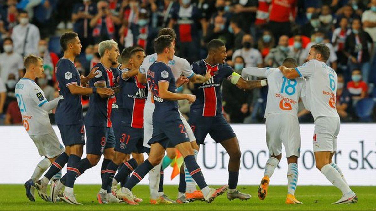 Batalla campal y cinco rojas en PSG vs Olympique de Marsella