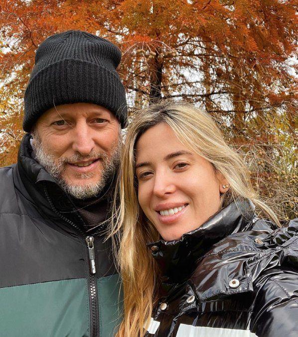 Jésica Cirio posó con su esposo y no los reconoció nadie