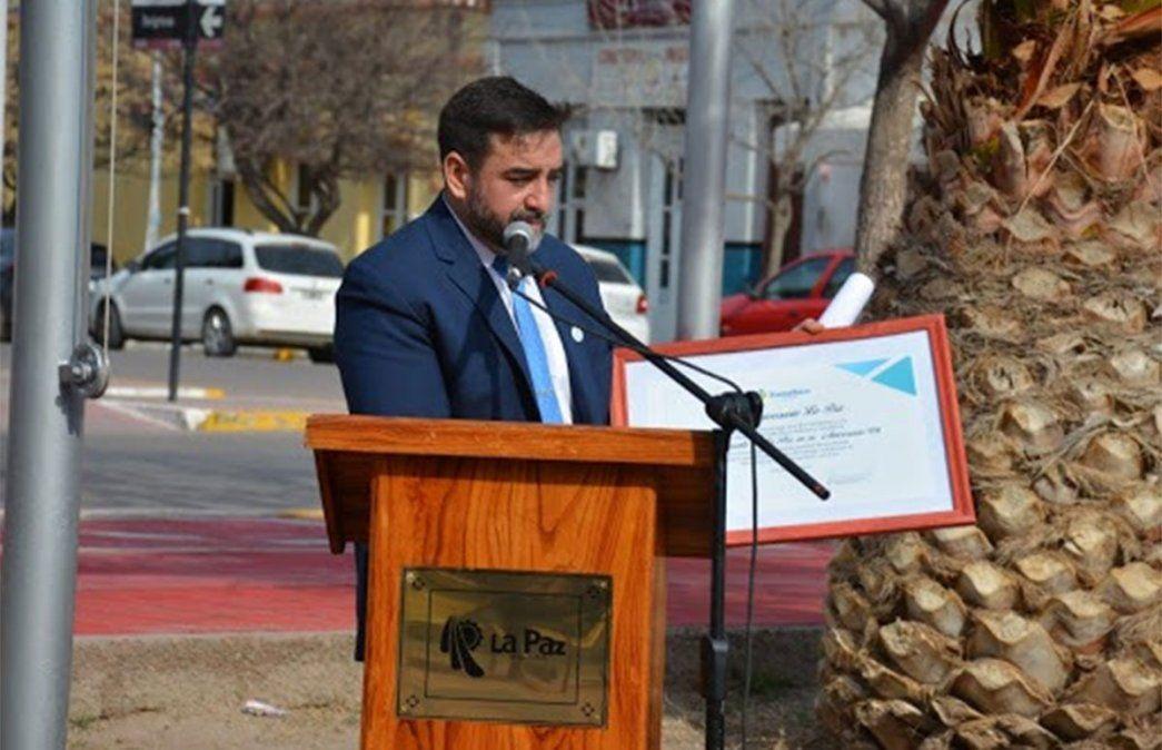 El intendente de La Paz Fernando Ubieta comunicó que por contagios de coronavirus en el área administrativa cerrará la comuna por una semana