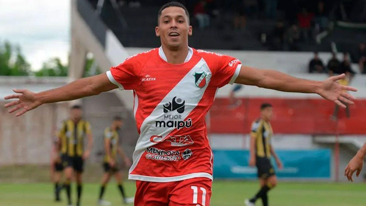 Álvaro Veliez se vistió de héroe en Río Cuarto