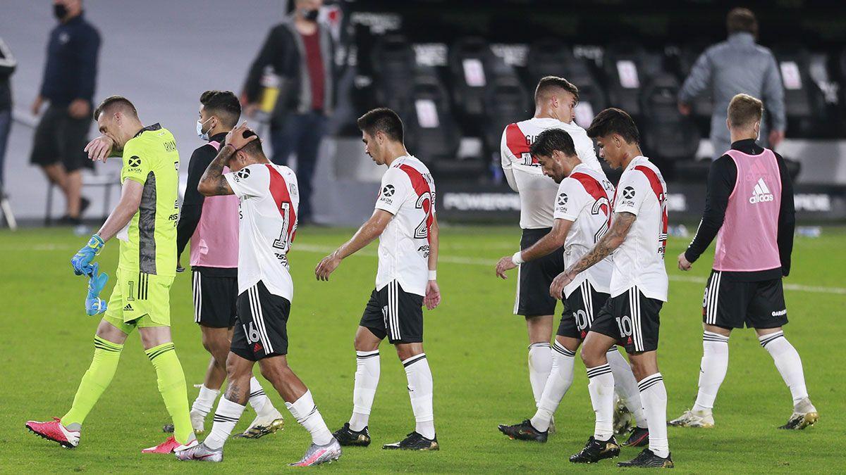 River pierde a 10 futbolistas por Covid para jugar ante Boca