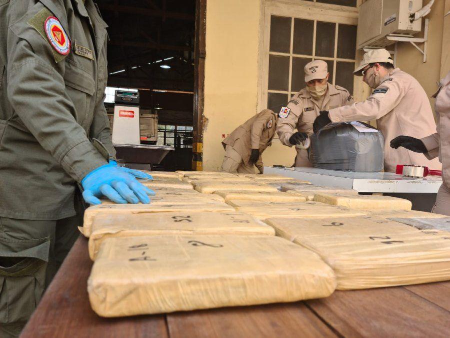 Circulaban con 93 kilos de cocaína
