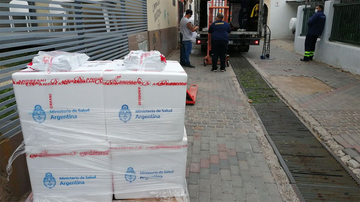 Alrededor de 30.000 dosis de Sputnik V llegaron a Mendoza