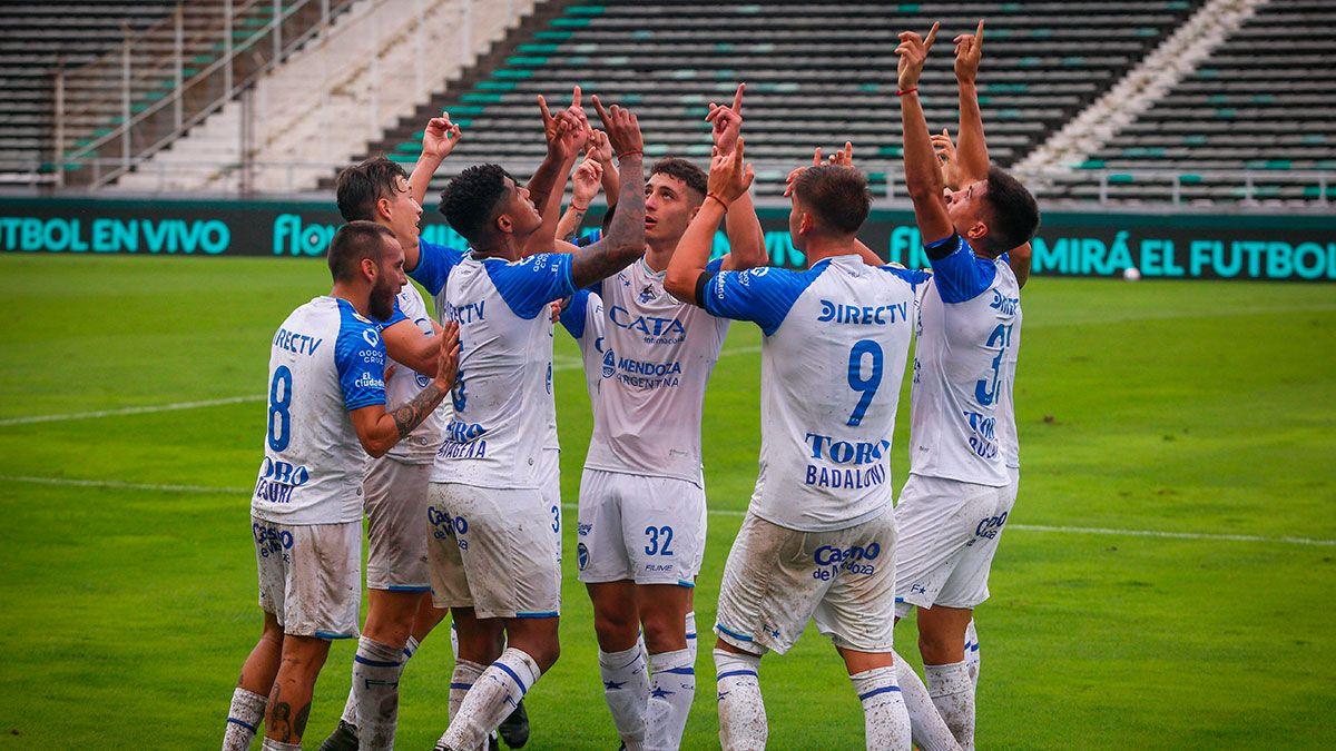 Godoy Cruz jugó bien y debutó con triunfo ante Aldosivi
