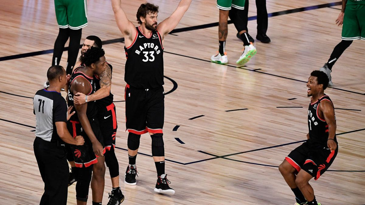 Los Raptors ganaron con un triple a décimas de segundos