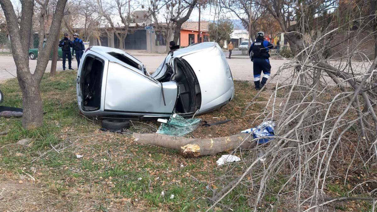 Terrible accidente en Acceso Sur