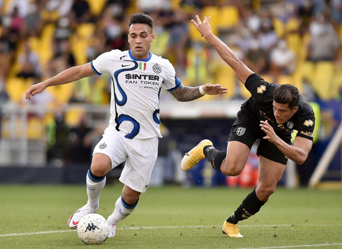 Lautaro Martínez es la figura del Inter que inicia este sábado la Serie A.