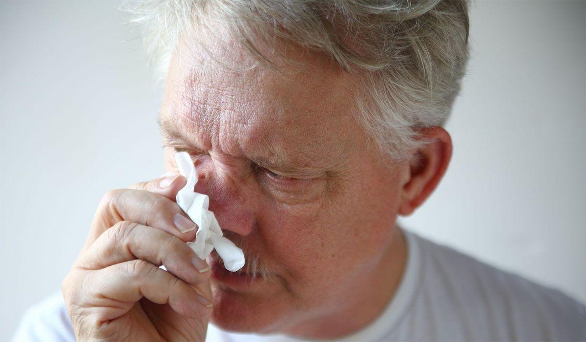 El ministerio de Salud argentino amplió la lista de síntomas de coronavirus y actualizó la definición de caso sospechoso de Covid en Argentina sumando la rinitis / congestión nasal