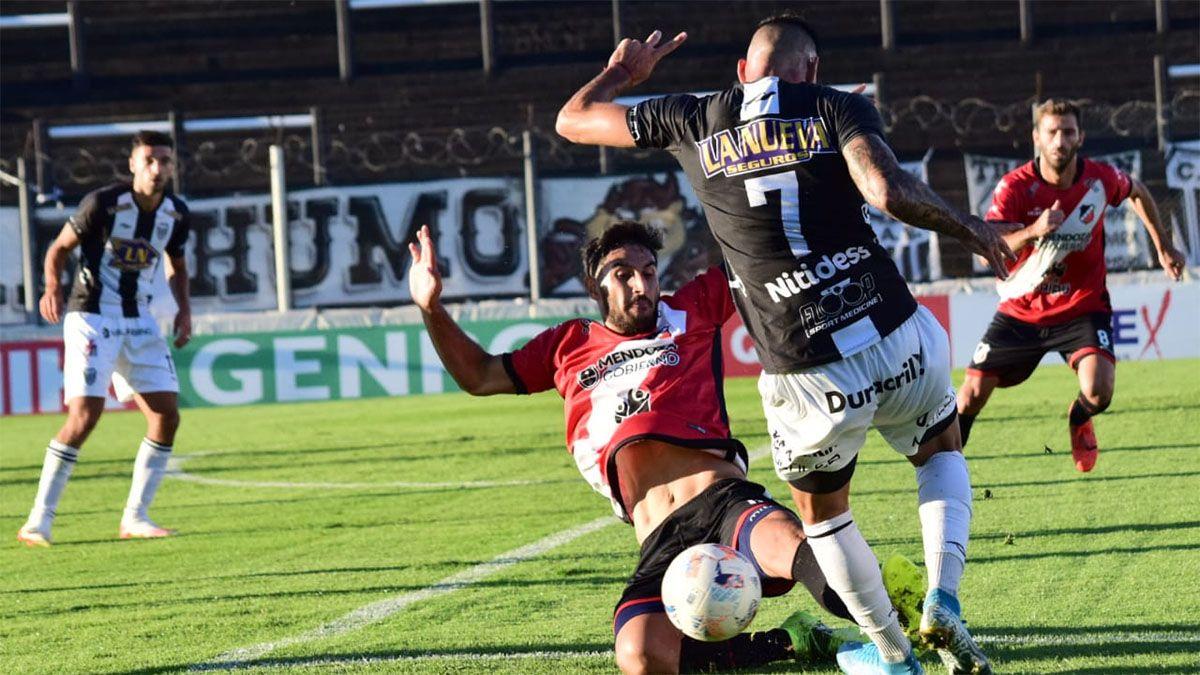 El Deportivo Maipú y un golpe bajo ante Estudiantes (BA)