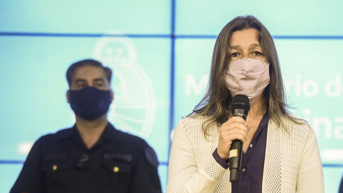 Sabina Frederic afirmó que esta prohibido hacer turismo debido al confinamiento.