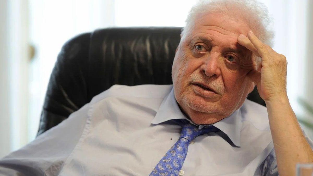 Ginés González García deberá dejar el cargo como titular del Ministerio de Salud tras el escándalo por los vacunados VIP.