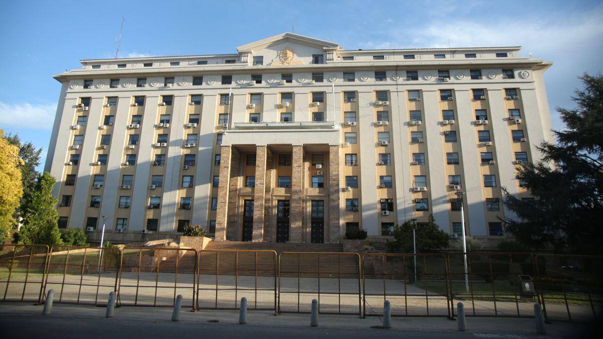 Suarez declaró inhabilidad administrativa del sector público por tres días