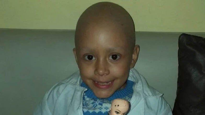 Tiene 8 años, superó 52 quimios y venció el cáncer
