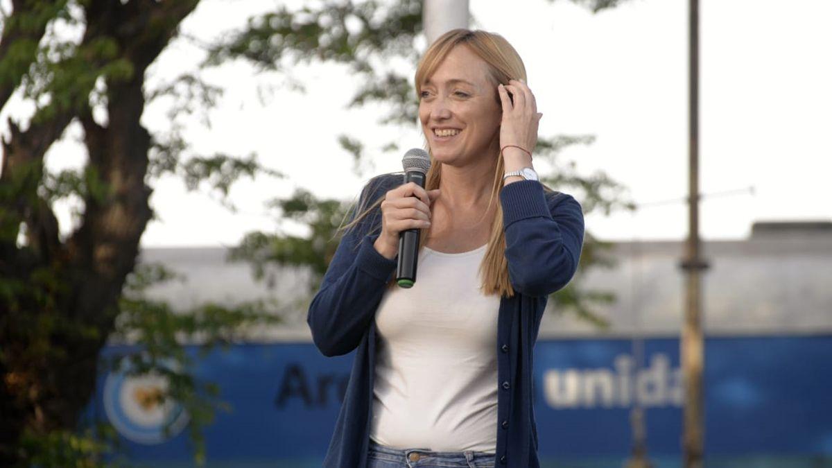 Anabel Fernández Sagasti aludió a la ausencia de autoridades radicales en la llegada del Tren Sanitario.
