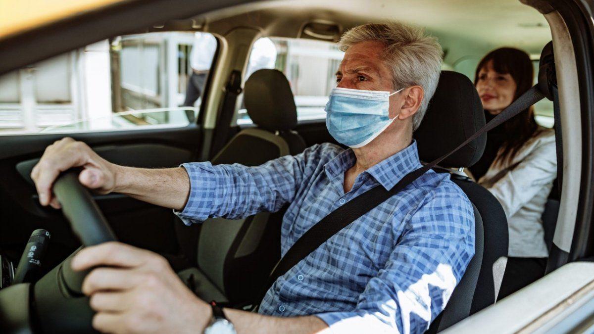 Covid 19: cómo evitar el contagio dentro del auto