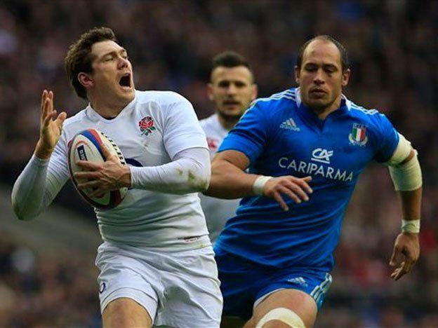 Seis Naciones: Inglaterra sufrió para superar a Italia, pero quedó a un paso del título