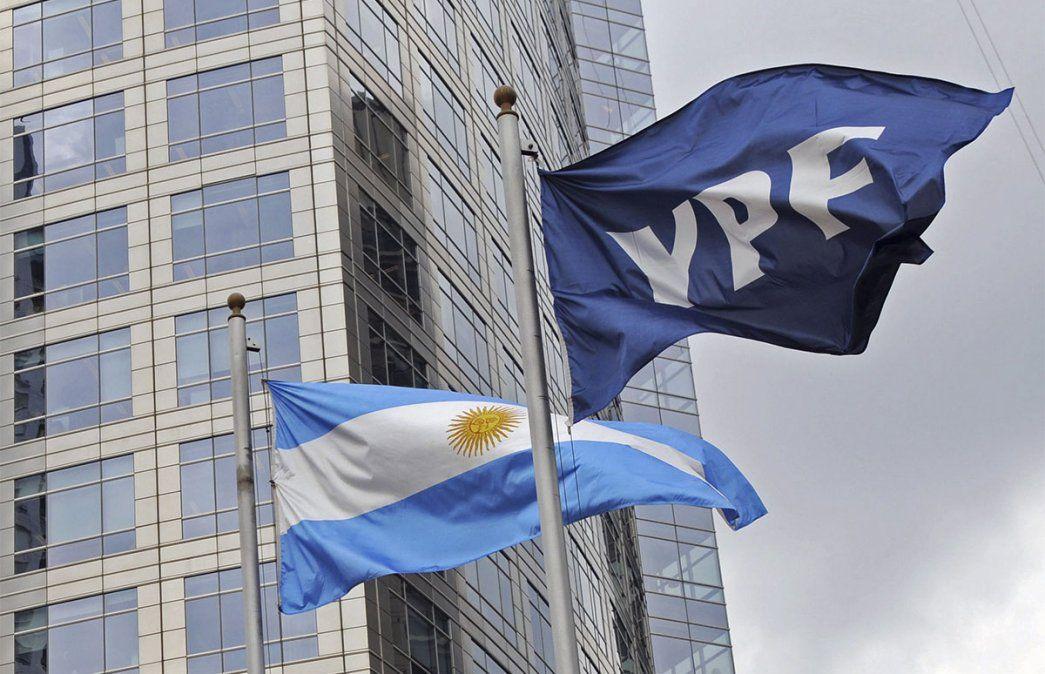 YPF afirmó que prevé invertir unos u$s 320 millones para extraer petróleo y gas en Chubut durante el año próximo