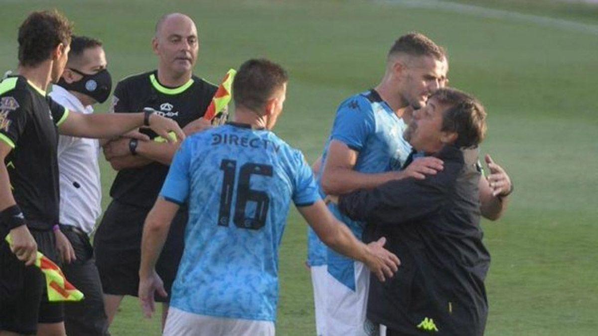 Caruso Lombardi tomó una drástica decisión por su pelea con Tapia