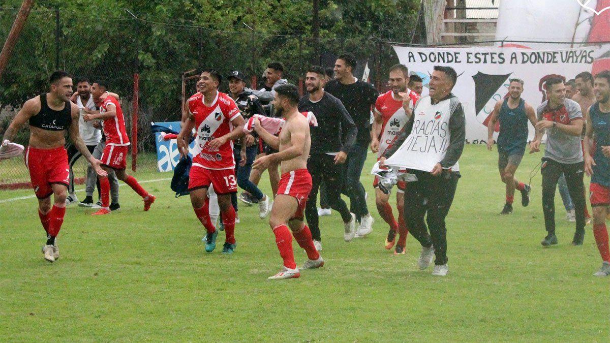Deportivo Maipú viene de ascender a la Primera Nacional.