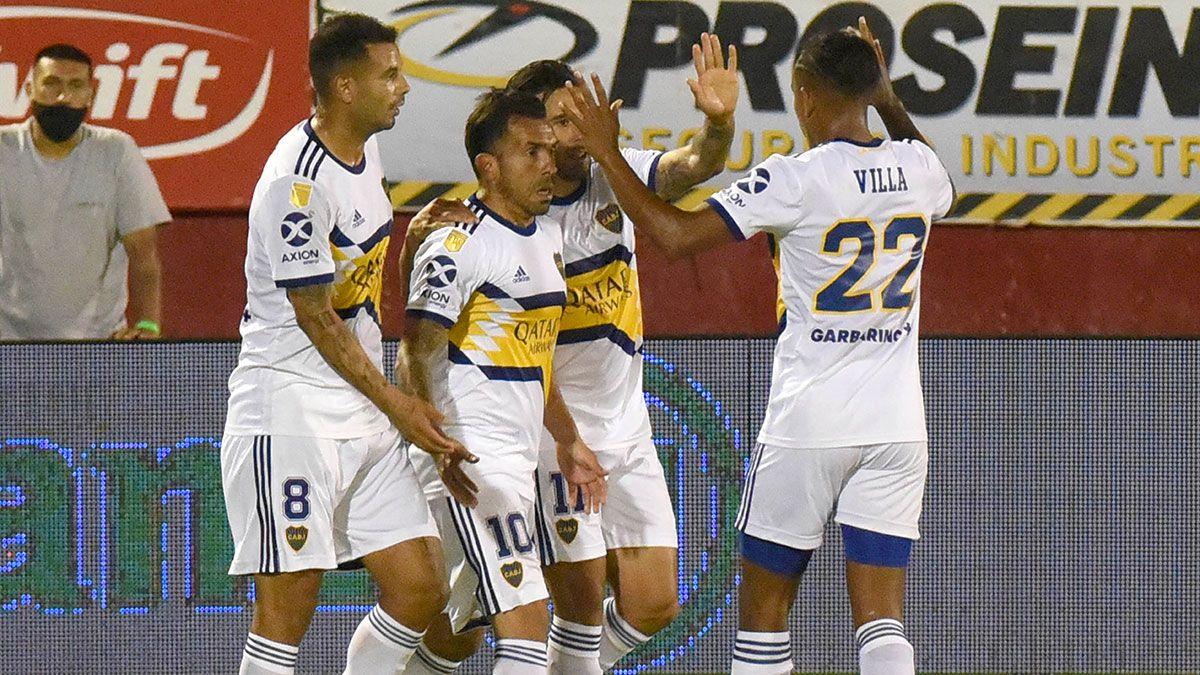 Carlos Tevez abrió el camino de un nuevo triunfo de Boca