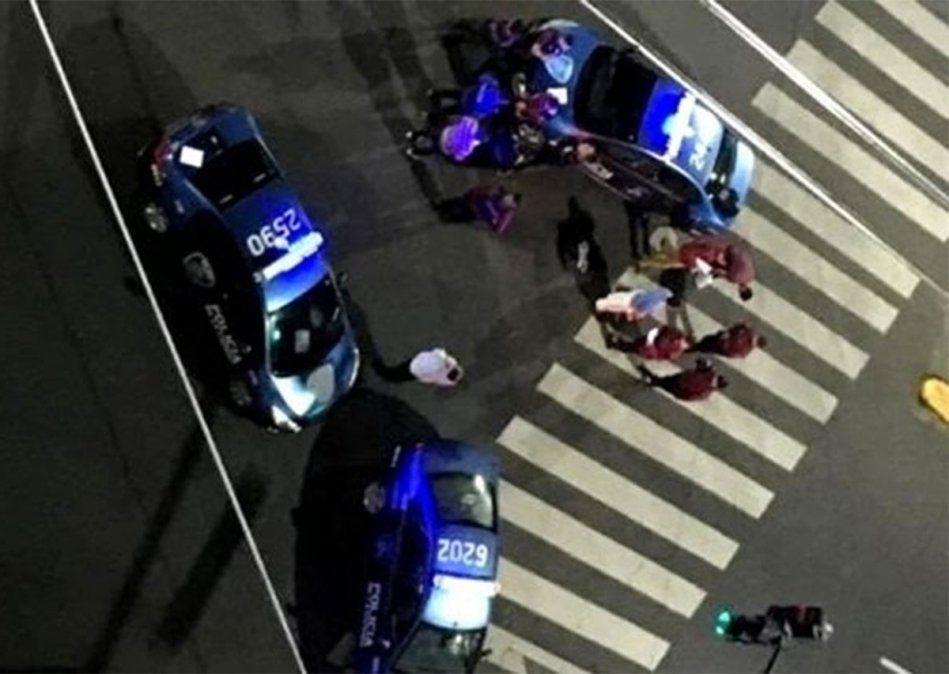 En el barrio porteño de Caballito acribillaron a un comerciante chino que habría recibido el impacto de 23 balazos.