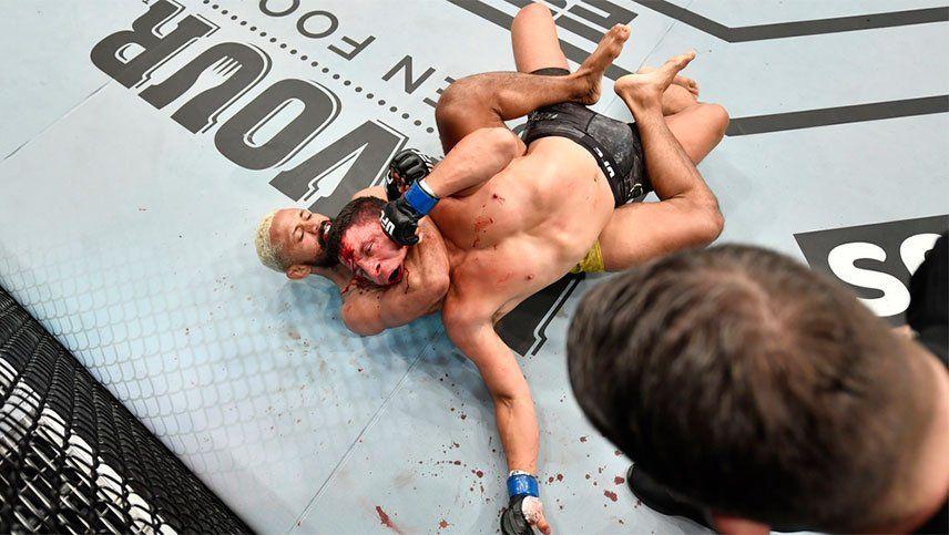 Se coronó campeón en la UFC tras una asfixiante llave