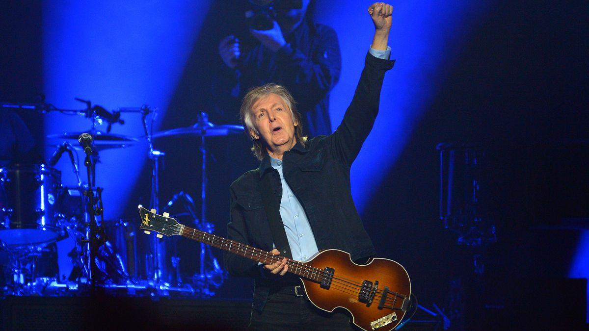 Paul McCartney repasa su vida en un libro de 154 canciones
