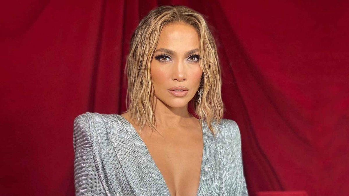 La impactante foto de Jennifer Lopez desnuda a los 51 que se volvió viral