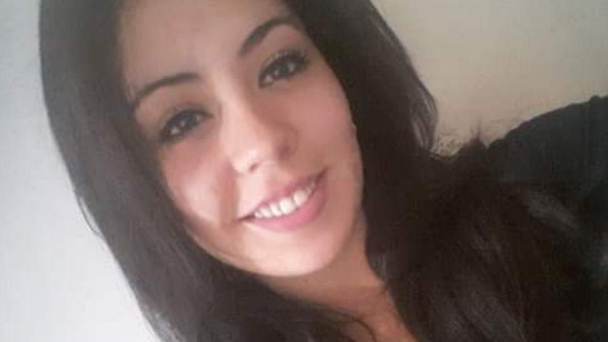 Daiana Aballay tenía 24 años. Vecinos señalaron que Salomón que pasaba por el frente de su casa con un machete