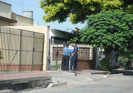 Mataron a un anciano de 17 puñaladas durante un robo en Las Heras