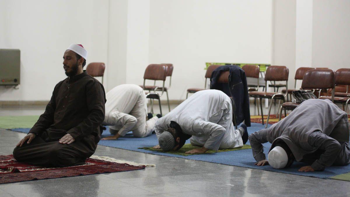 El Imán Mohamand Al Hassan Imán del Centro Islámico de Mendoza