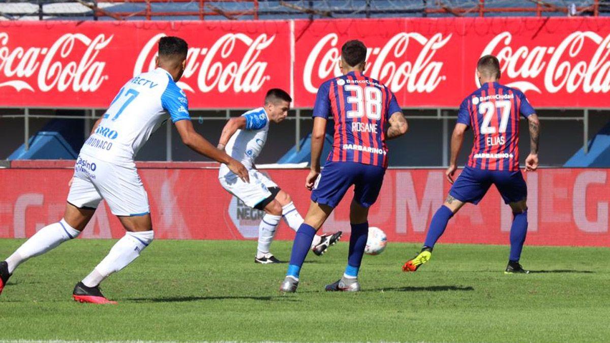 Godoy Cruz cayó ante San Lorenzo y se complicó la clasificación