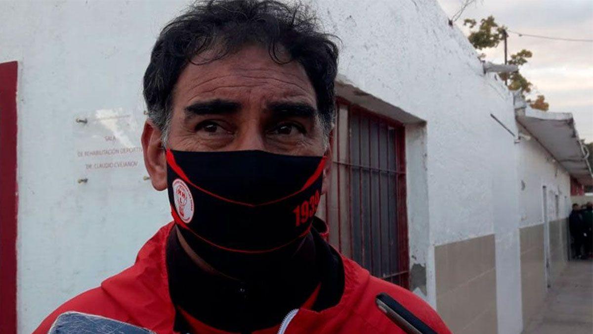 Darío Alaniz se fue feliz por el gran triunfo de Huracán Las Heras.