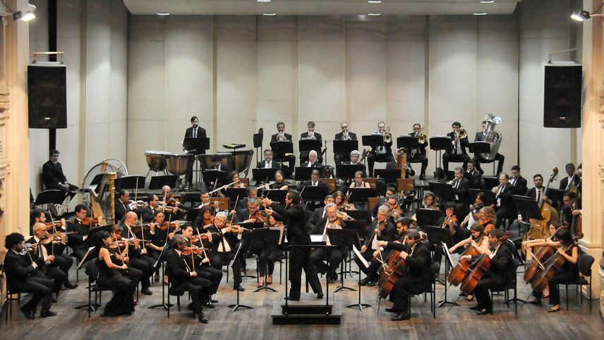 La Orquesta Filarmónica inaugura su temporada en el Teatro Independencia