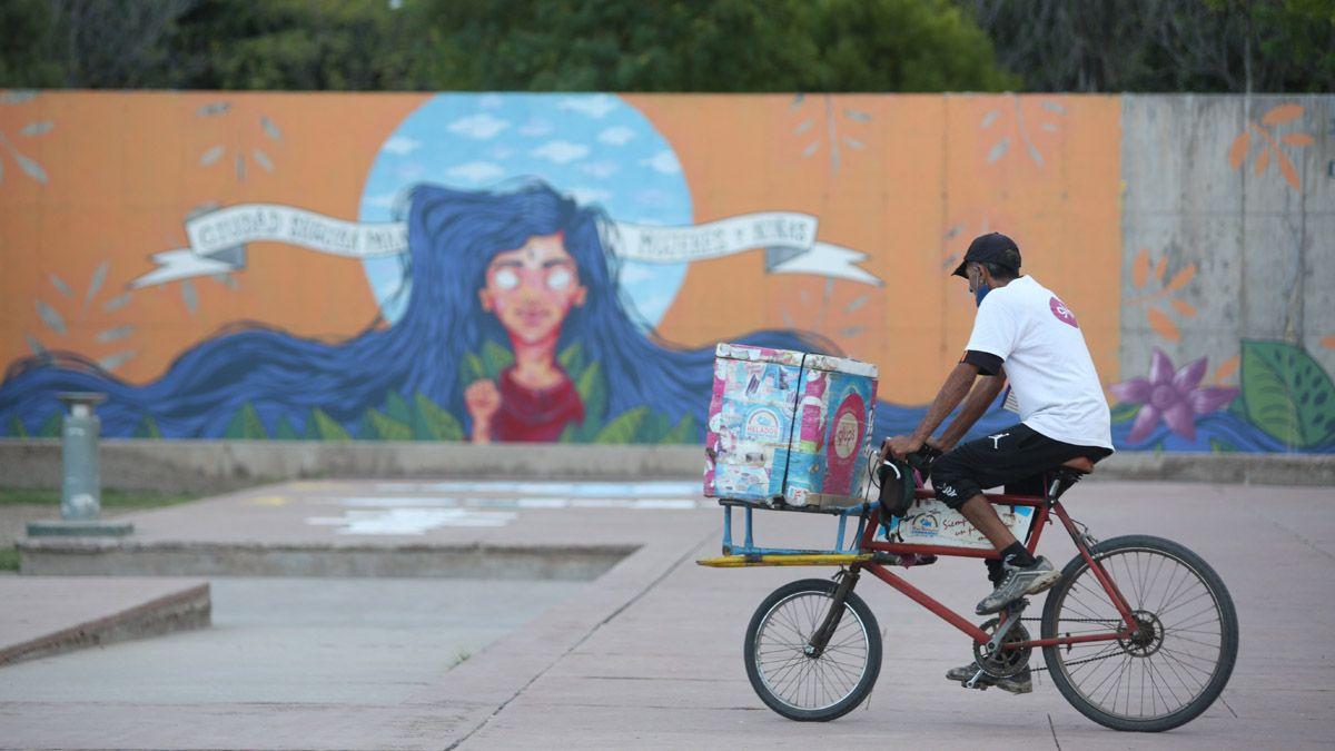 La positividad de casos de coronavirus en Mendoza se mantiene en promedio en el 15%