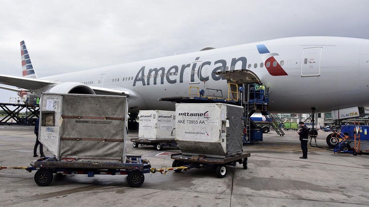Este jueves llegó un nuevo cargamento con 747.630 vacunas contra el Covid del laboratorio Pfizer, destinadas a adolescentes.