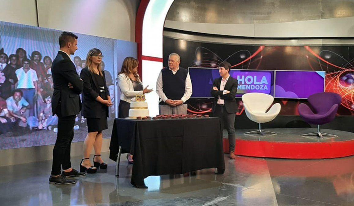 Laura Carbonari y Marcelo Romanello fueron los invitados de Hola Mendoza.
