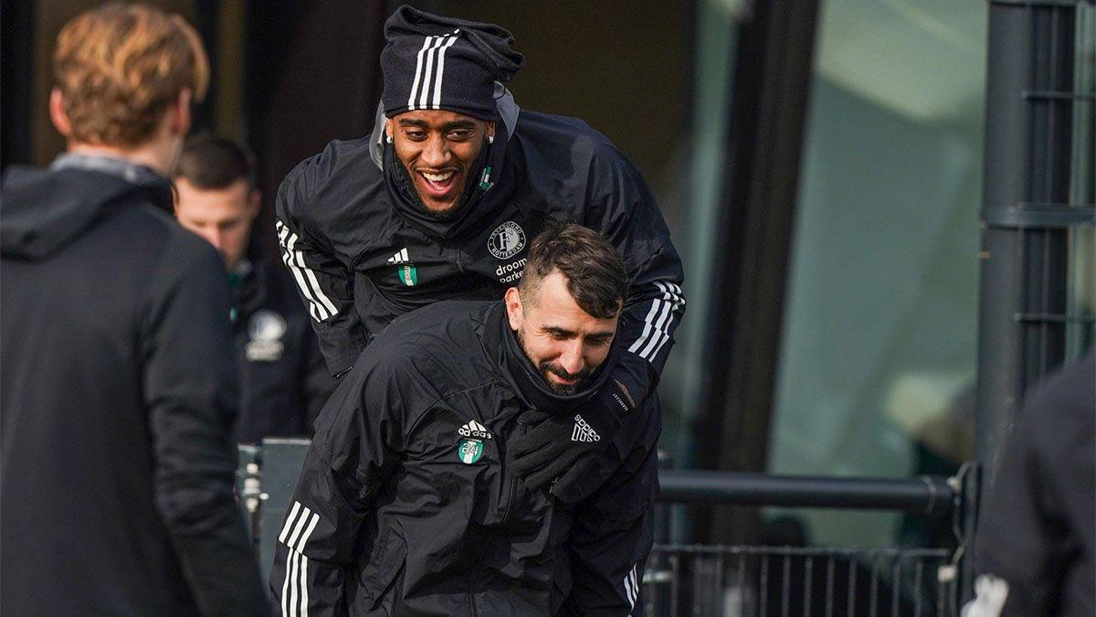 Tras irse de River, Pratto pasa un difícil momento en Feyenoord