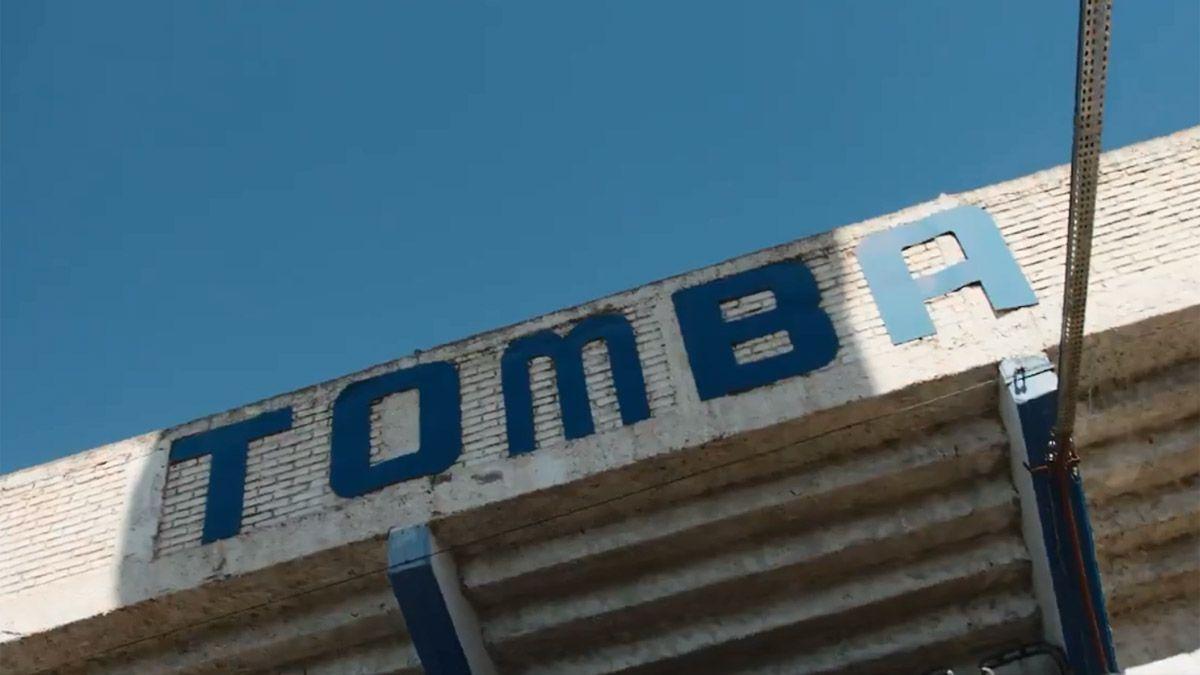 El Tomba presentó con un video su nueva indumentaria