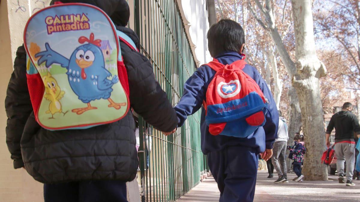 En Mendoza, todos los grados de escuelas primarias vuelven a presencialidad plena desde este lunes 23 de agosto