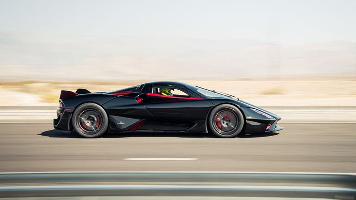 El SSC Tuatara es el auto que alcanzó la mayor velocidad superando los 500km/h