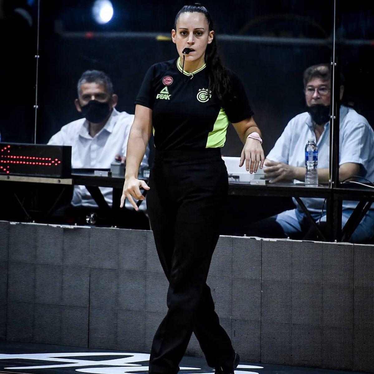 Bianca Tedesco anunció su retiro como árbitro de básquet por acoso sexual.