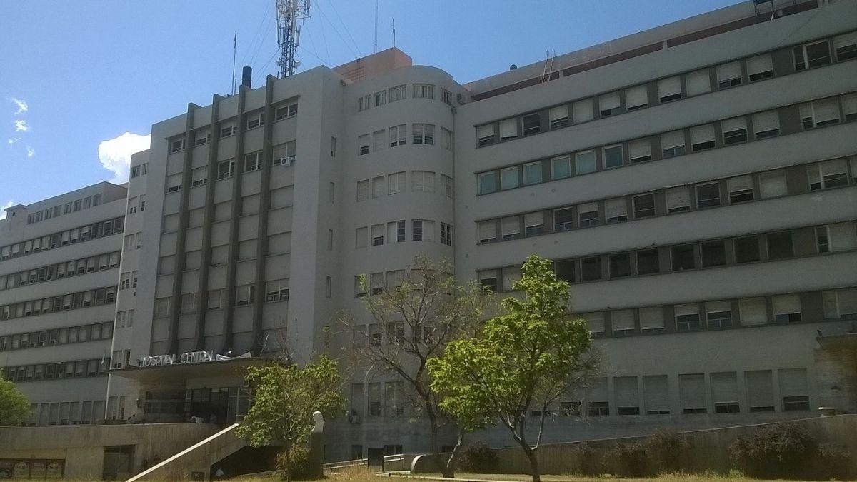 La médica a la que se investiga por amenazas trabaja en el área de Nefrología del Hospital Central