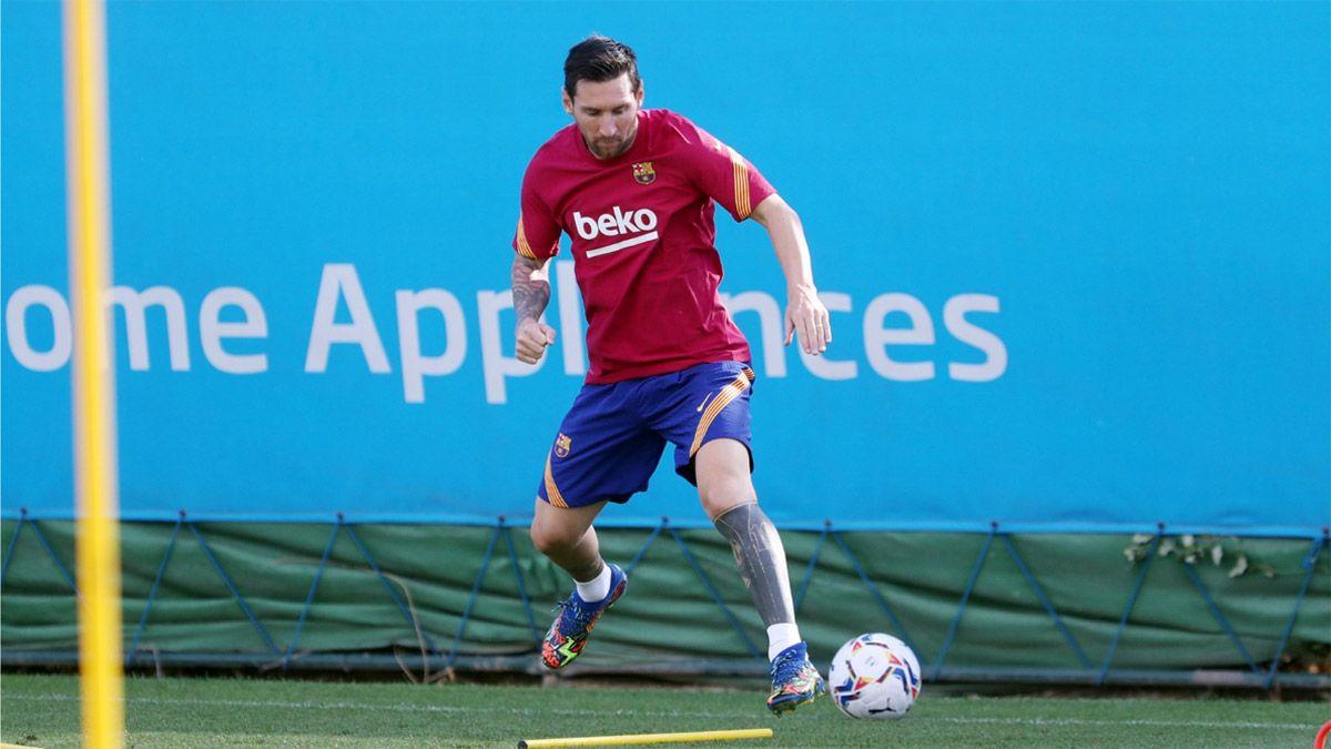 Messi volvió al Barcelona y se entrenó en solitario