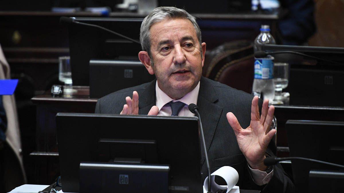 Julio Cobos presentó un proyecto para solucionar el problema de los créditos UVA.