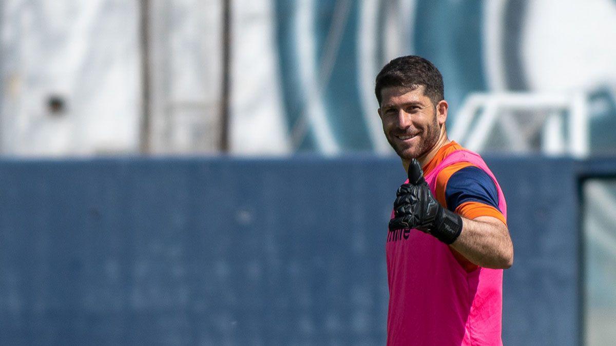 El Pity Cristian Aracena seguirá en Independiente Rivadavia.