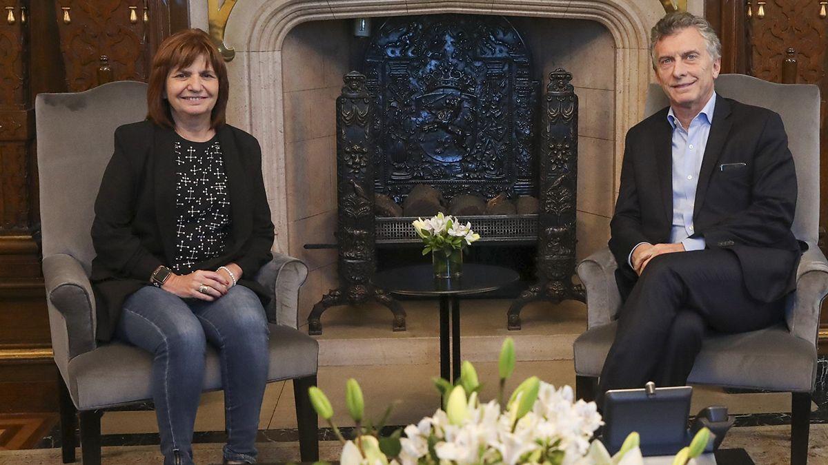 Patricia Bullrich y Macri fueron imputados por el envío de material bélico a Bolivia.