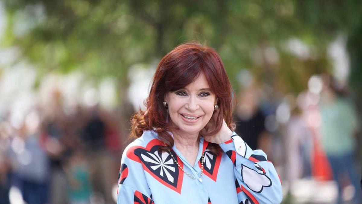 Cristina Kirchner fue sobreseída en abril en la causa dólar futuro. Ahora un fiscal pidió reabrirla.