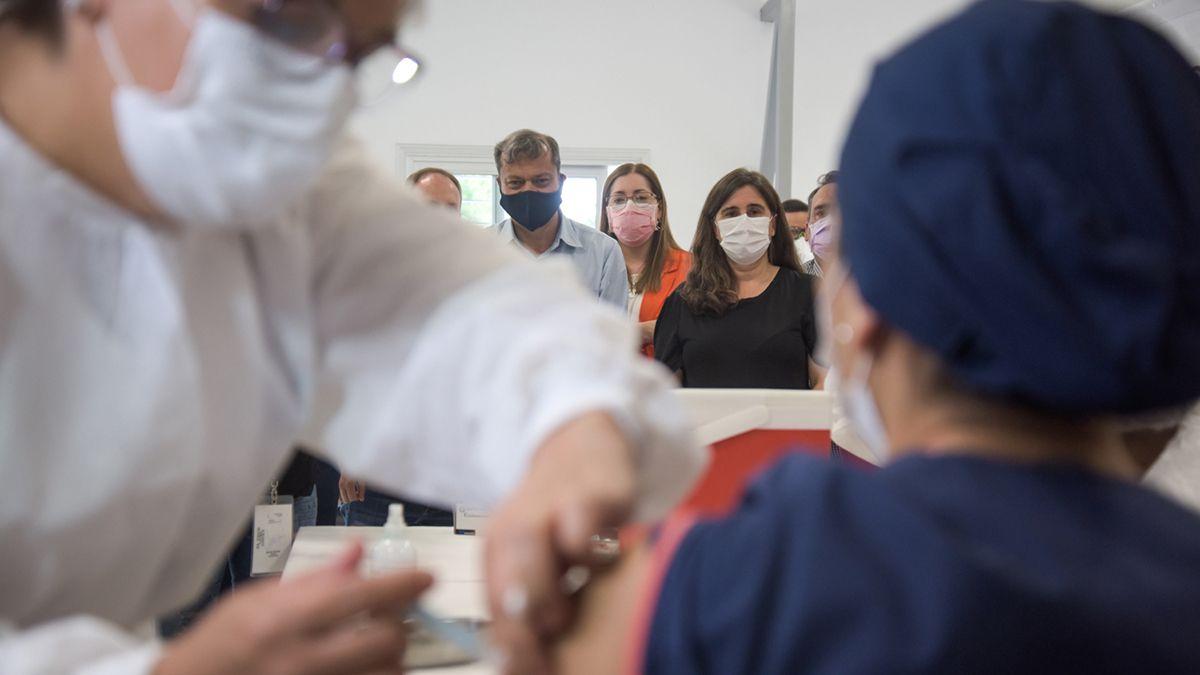 La aceptación de la vacuna Sputnik V en los hospitales de Mendoza es dispar. La colocación es voluntaria y ya se inició en toda la provincia de forma voluntaria.